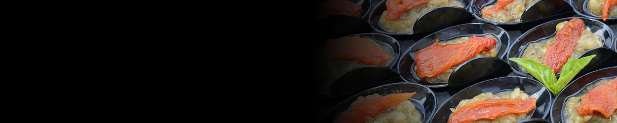 Verrines de caviar aubergine et tomates confites